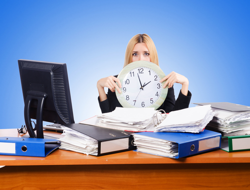 Arbeitsklima Index September 2015: Österreicher arbeiten zu viel